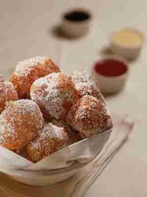 Baursaki (Kazakh Ricotta Doughnuts)