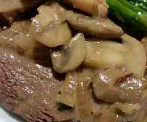 Seared Strip Steak with Mushroom Sauce
